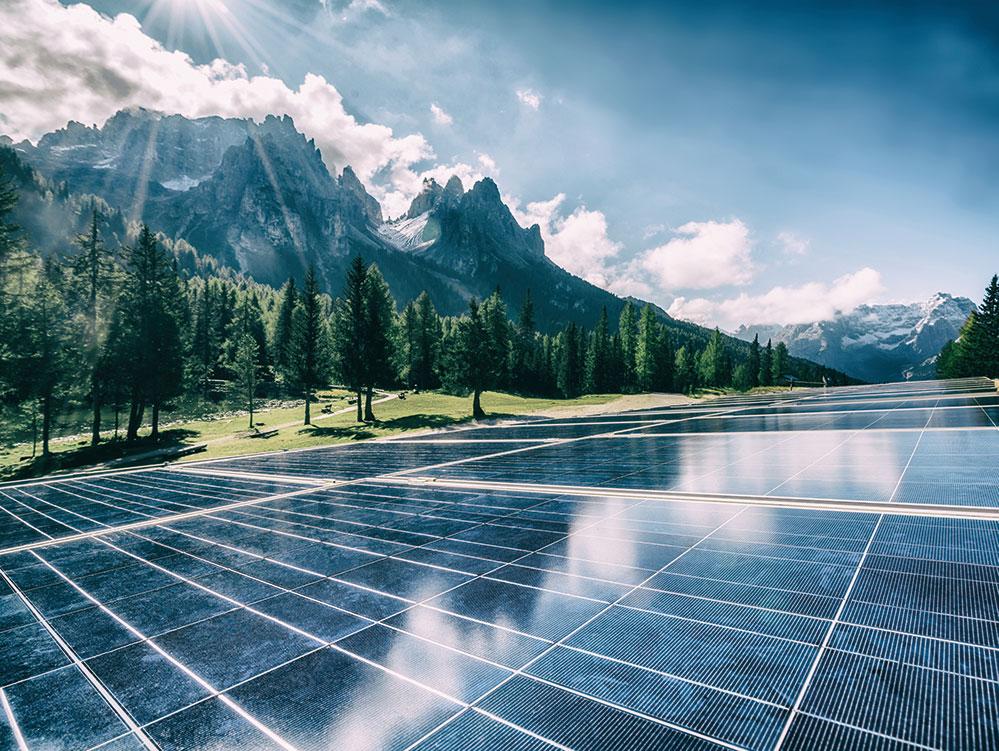 Photovoltaik Anlage in den Bergen